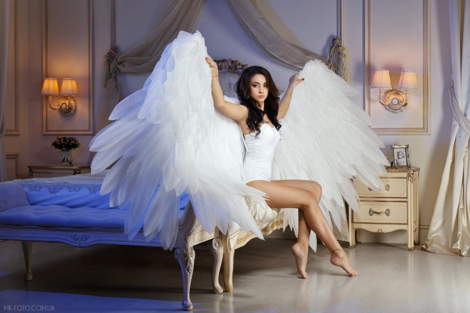 фотосессия с крыльями ангела в студии москва чем сравнимый