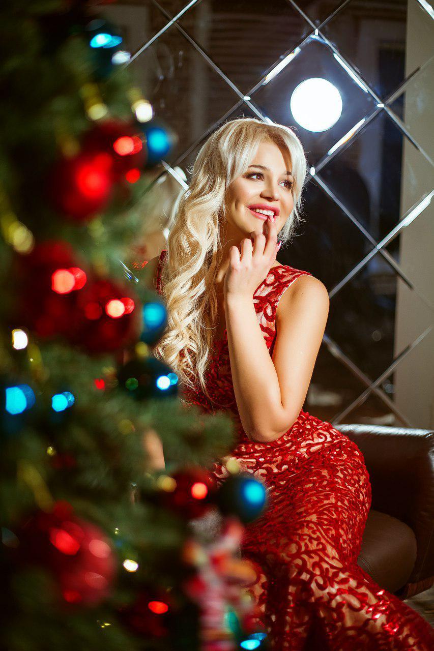 invito haute couture платья в киеве красное