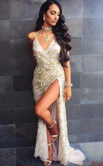 Платье в пол с боковым разрезом
