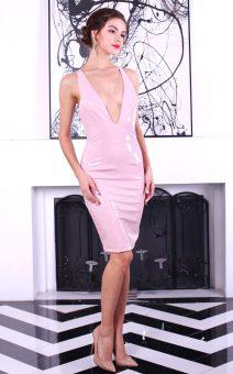 Короткое латексное платье