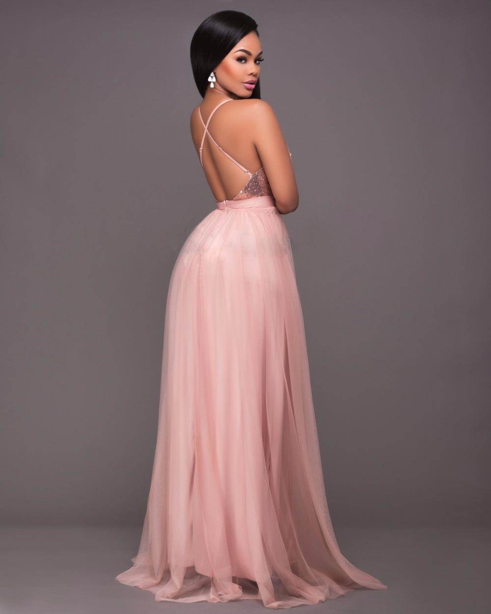 Платье в пол со спины персиковое