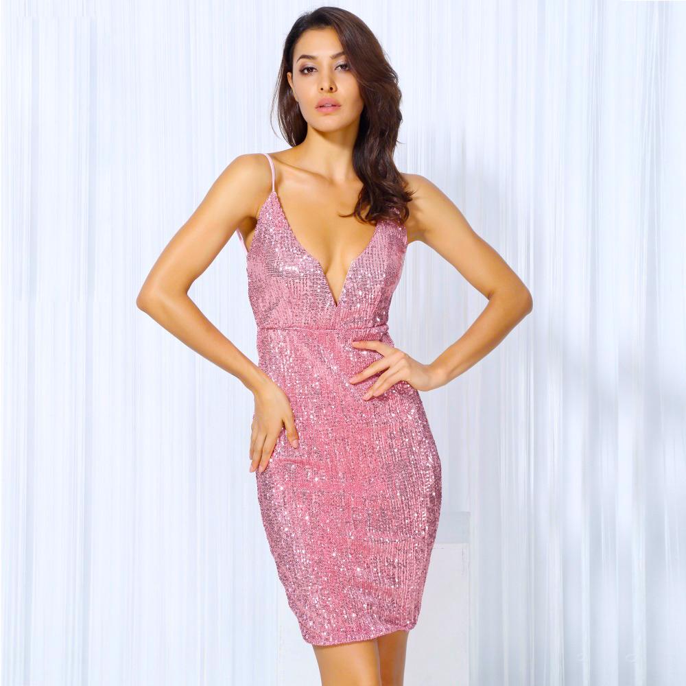 Пайетки розовые платье