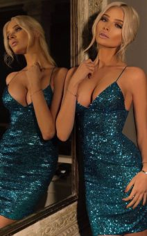 Блестящее короткое синее платье