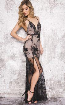 Кружевное платье в пол с боковым разрезом
