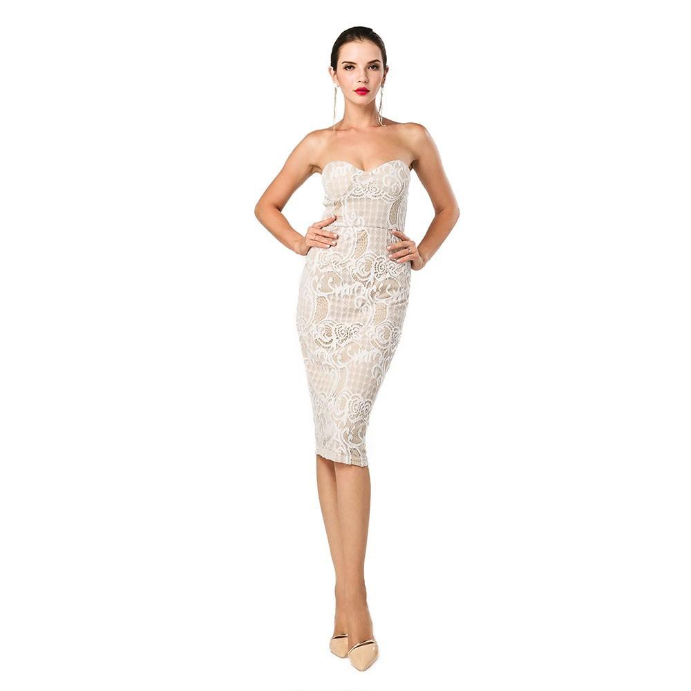 белое кружевное платье по колено