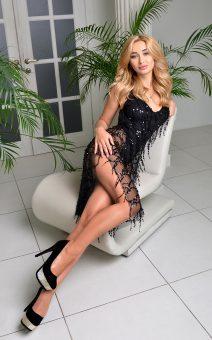 короткое черное платье киев