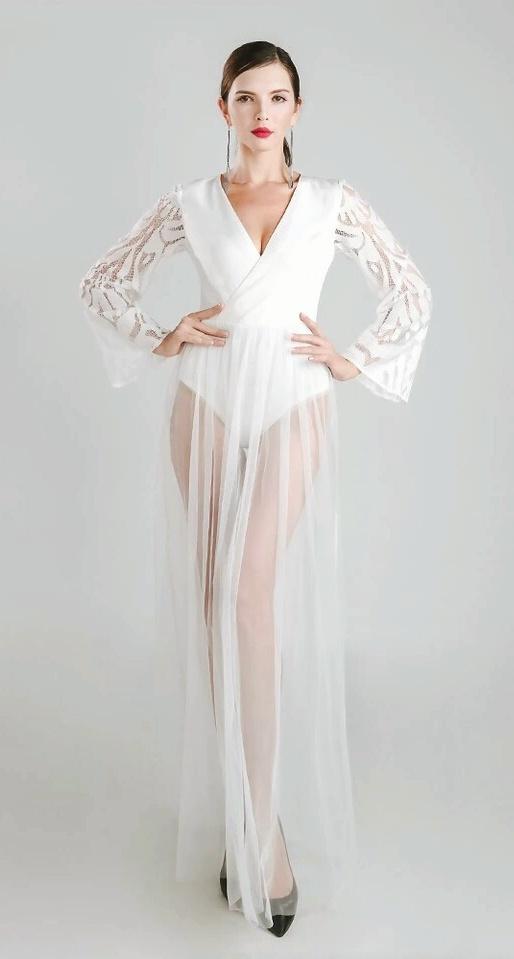 Белое платье-боди в пол киев