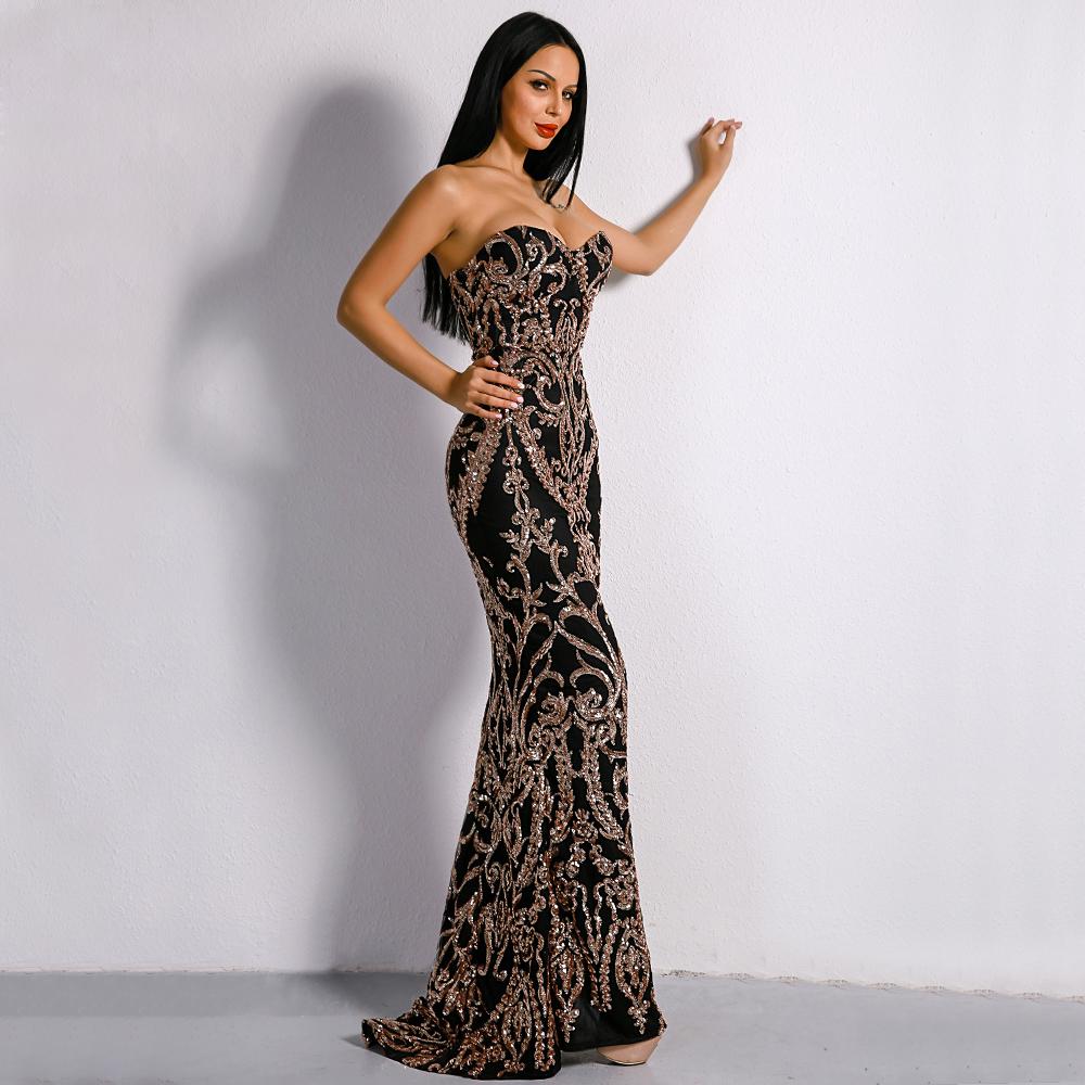 Черное силуэтное платье с узорами киев