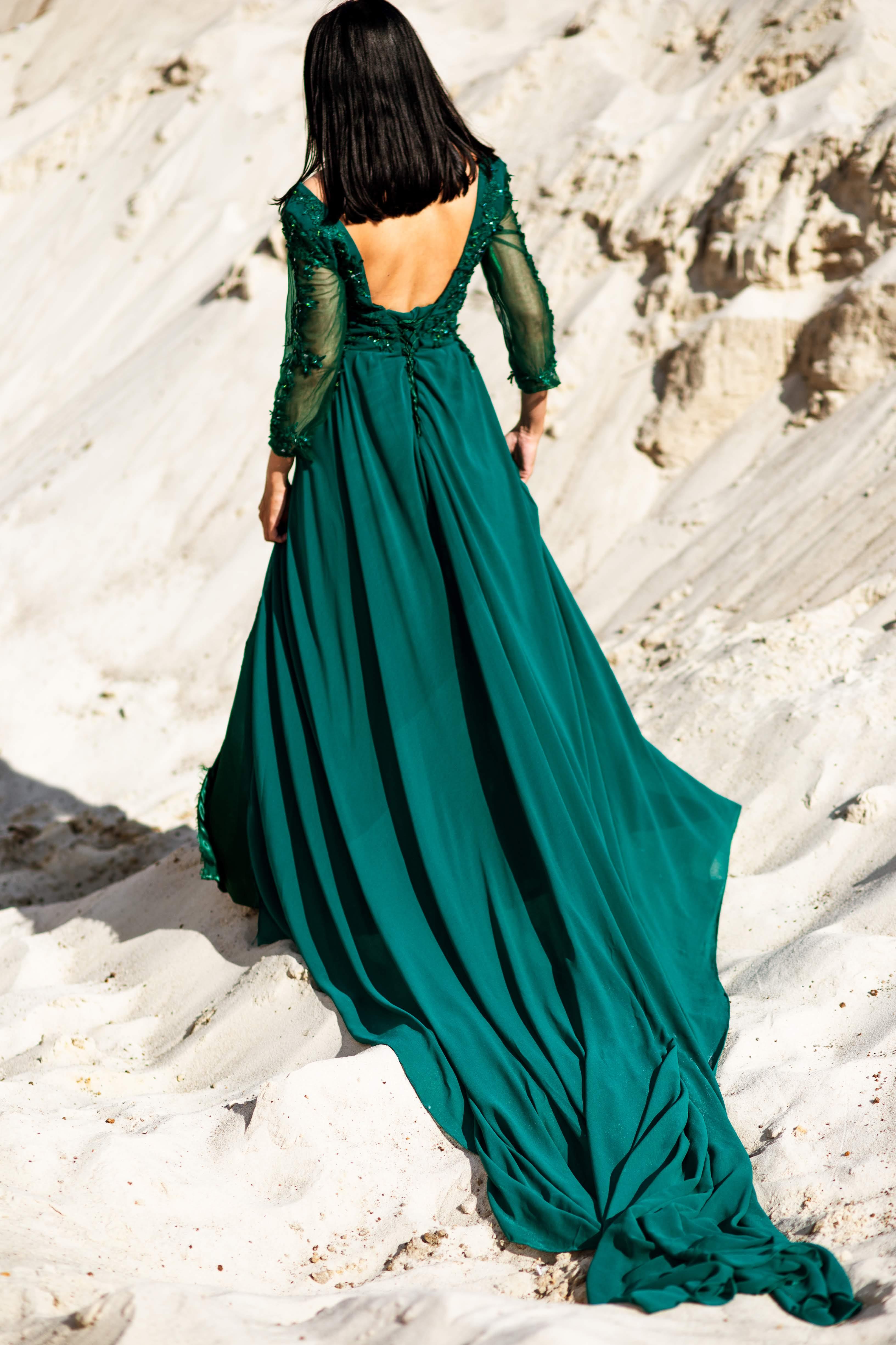 платье для фотосессии с большим шлейфом киев прокат