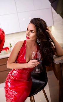 Красное платье латекс прокат киев