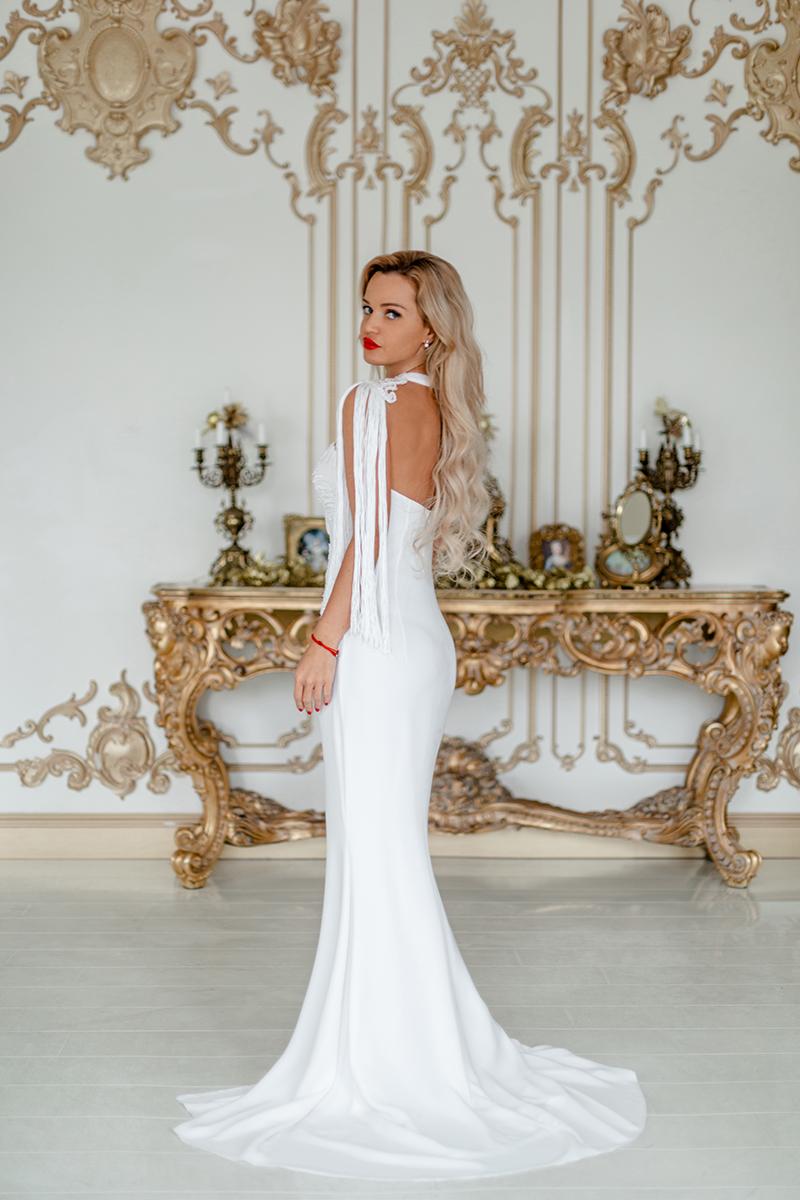силуетное свадебное платье напрокат киев