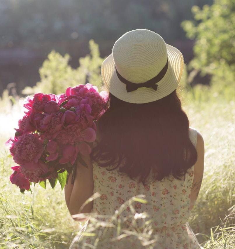 прокат шляпок для фотосессии киев
