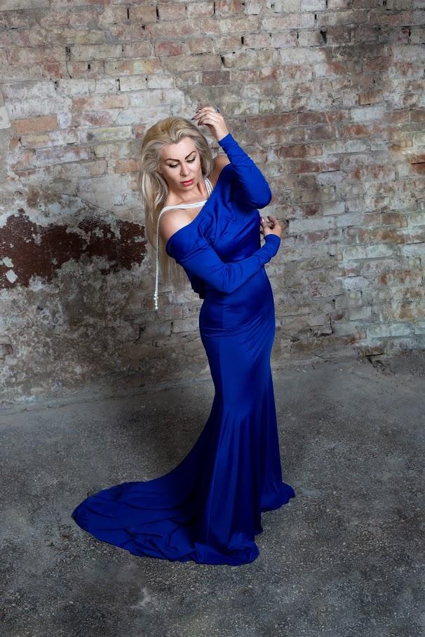 синее платье с открытой спиной для беременных киев