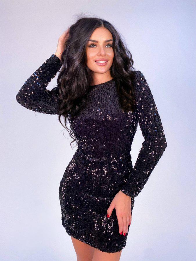 блестящее короткое чёрное платье