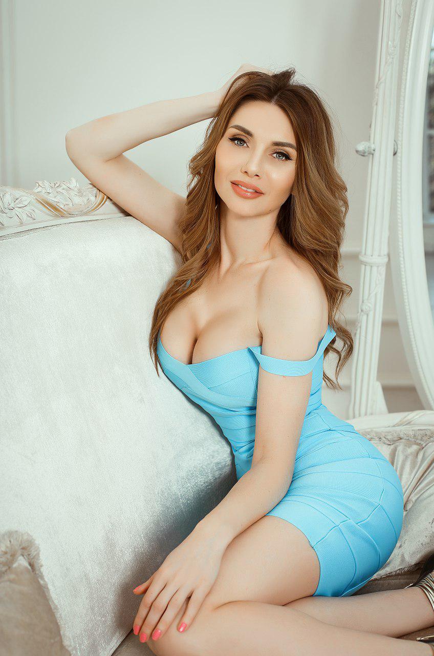 голубое бандажное платье киев