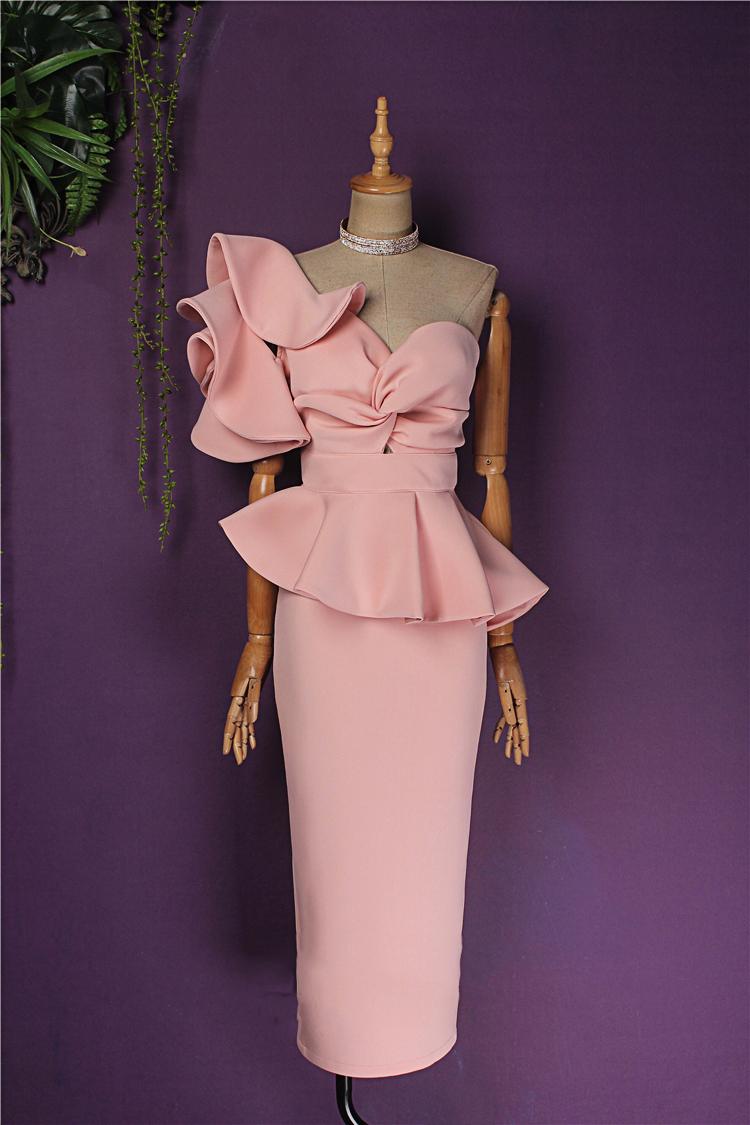 персиковое платье с воланом на плече киев