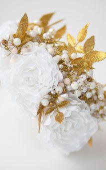 венок с белыми цветами прокат киев