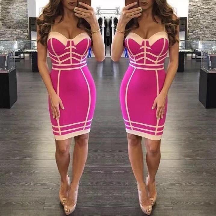 короткое розовое бандажное платье