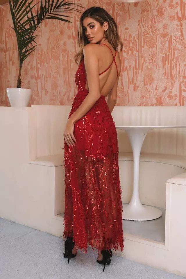 красное платье с открытой спиной прокат киев