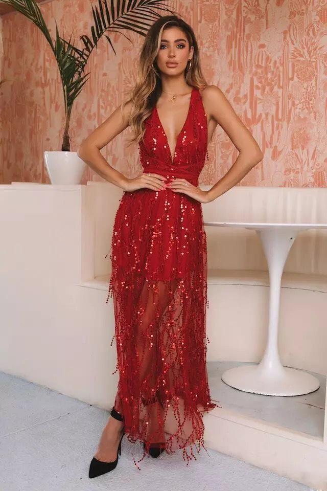 блестящее красное платье в пол с декольте прокат киев