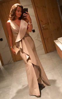 платье с воланом в пол прокат