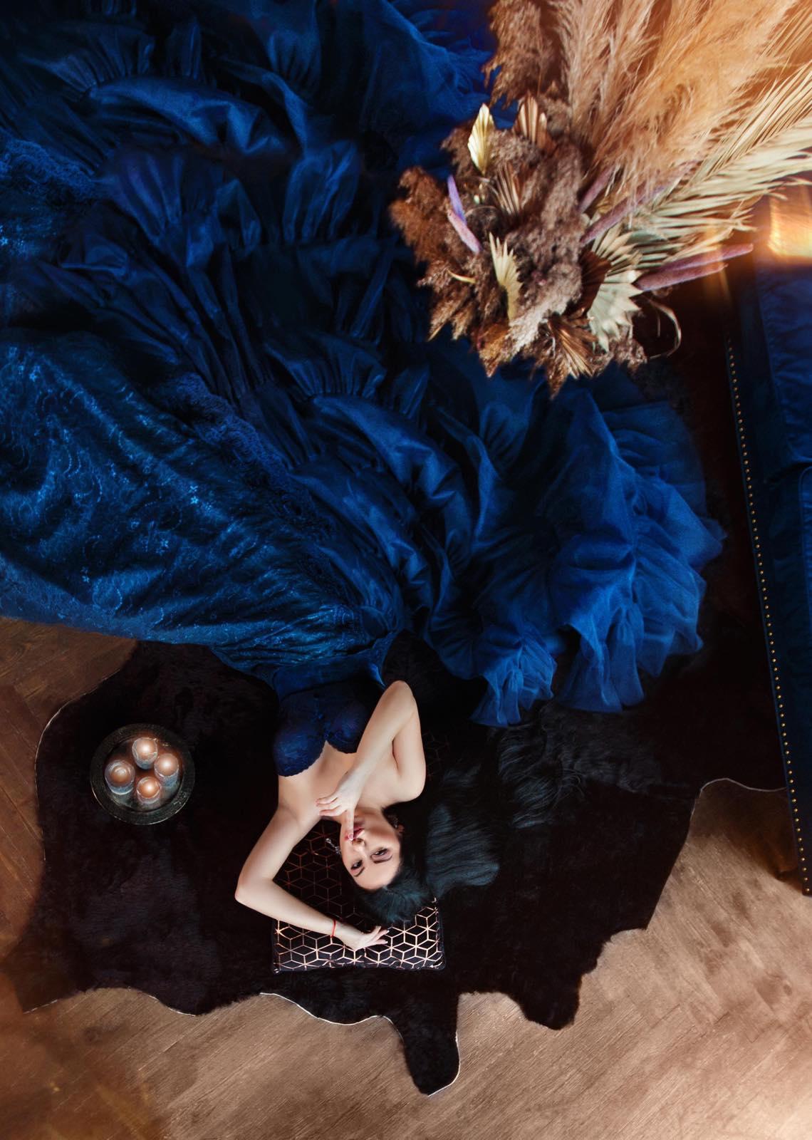 сказочное платье синего цвета прокат для фотосесии киев