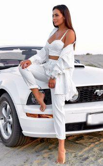 белый брючный костюм напрокат киев