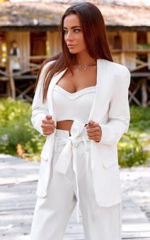 стильный белый брючный костюм напрокат киев