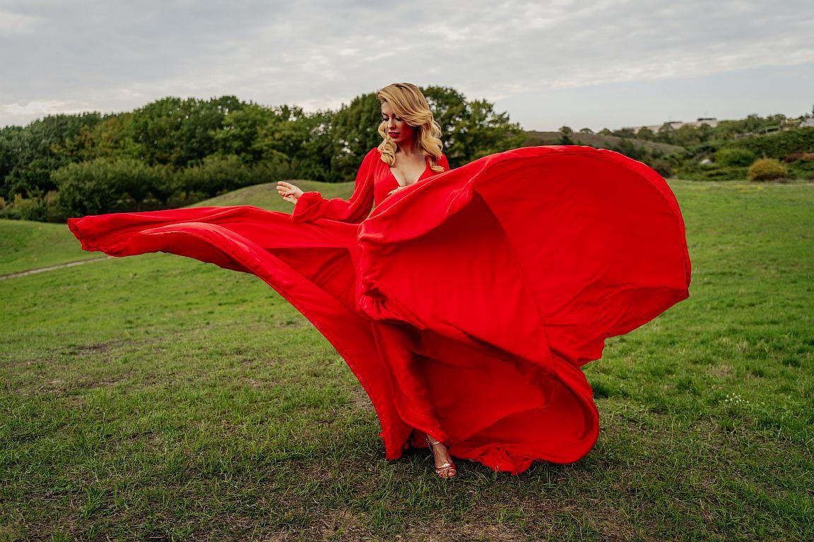 аренда красного платья киев