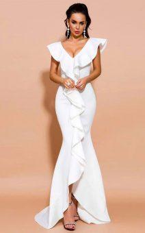 белое платье в пол с воланом