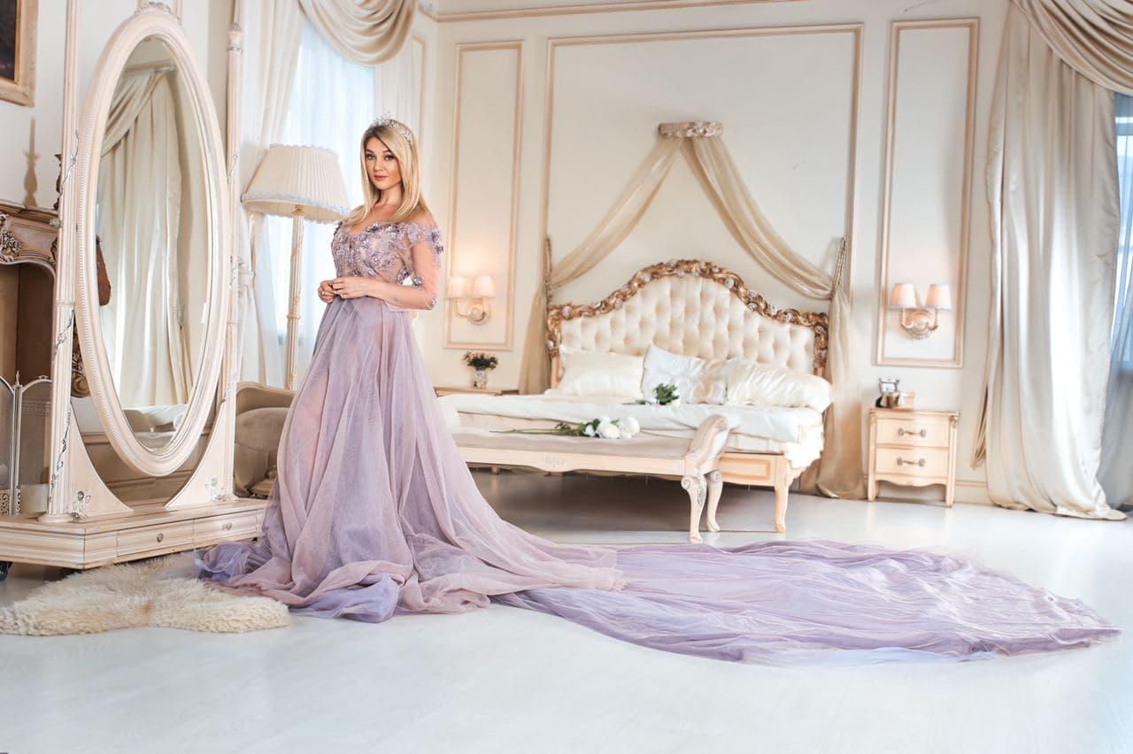 пышное платье со шлейфом прокат киев