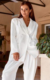 белый женский костюм аренда киев