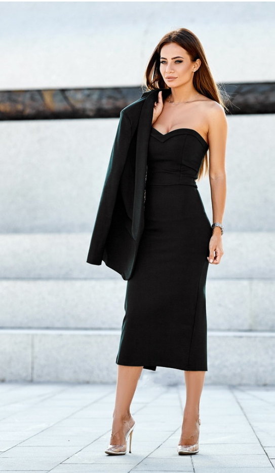 чёрное деловое платье по фигуре
